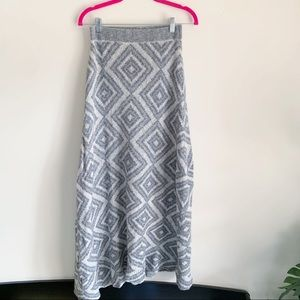 Moth Anthro Gray White Knit Maxi Skirt Small P